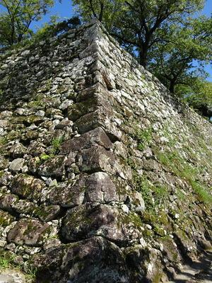 乾櫓跡の石垣
