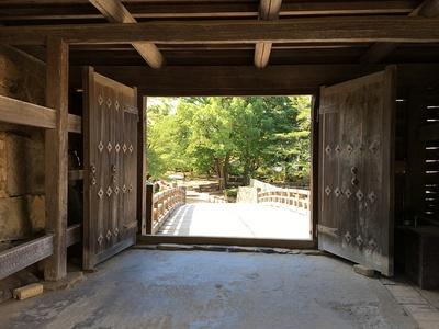 天秤櫓から見た廊下橋