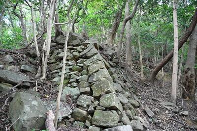 西登り石垣