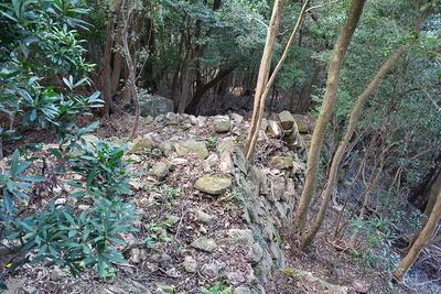 東登り石垣