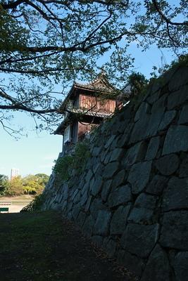 祈念櫓と石垣