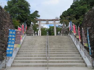 武田神社参道