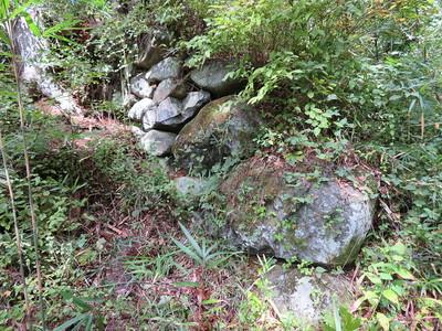 2番目の門跡の石垣