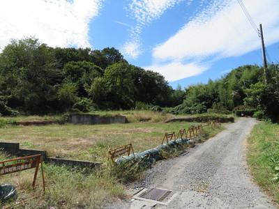 根小屋(屋敷地)跡から武蔵松山城