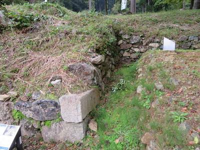 城主居館跡最下段石垣