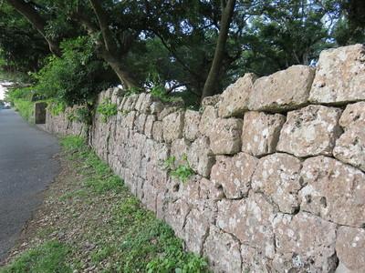 小学校側の石垣