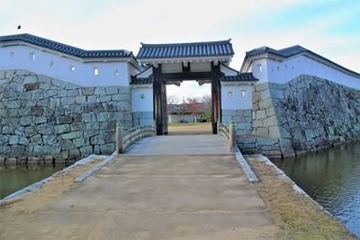 本丸厩口門(東側)