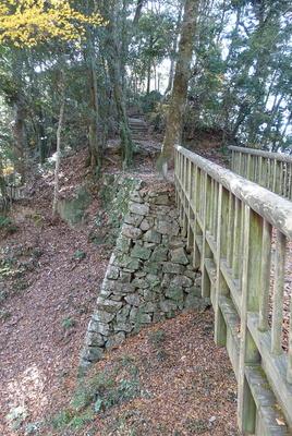 土橋の石垣①