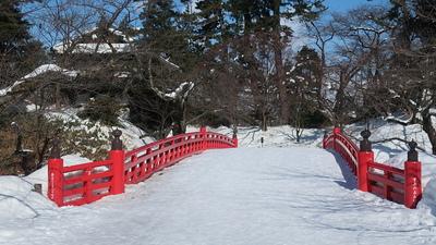 杉の大橋(三の丸側から)