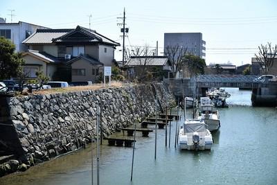 外堀と石垣と船