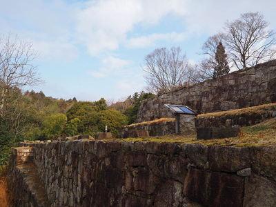 二の丸と的場の石垣
