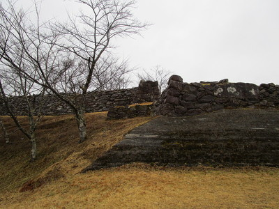 下からの石垣
