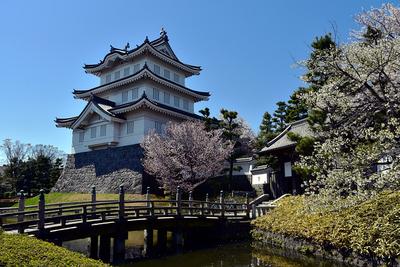 御三階櫓と東門