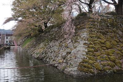 石垣と水堀