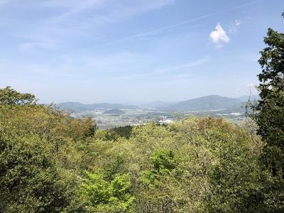 主郭から見た小谷城跡