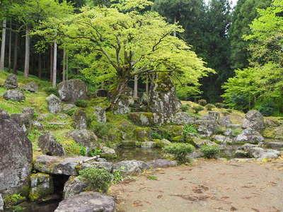 諏訪館跡庭園