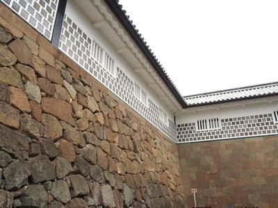石川門続櫓の石垣