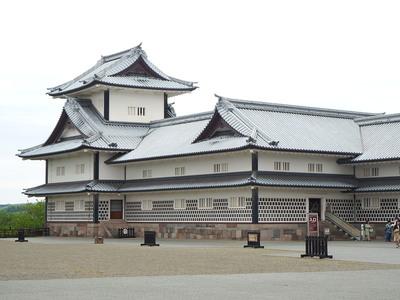 菱櫓(二の丸側から)