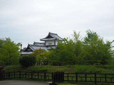 鶴丸倉庫前から見る橋爪門
