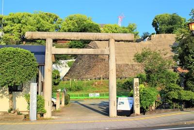 熊本大神宮・東十八間櫓石垣(東側)