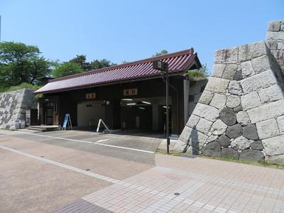 富山市営城址公園駐車場