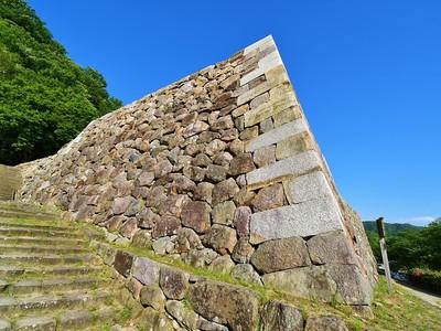 御三階櫓跡石垣