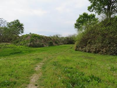 二ノ丸と石沢館との間の空堀