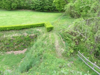 本丸南西隅櫓跡 から二の丸西端
