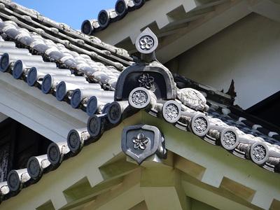 乾櫓の屋根瓦