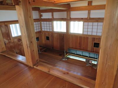三重櫓(二階出窓)