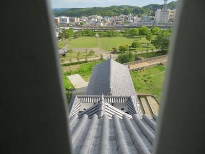 三重櫓最上階から前御門・二之丸