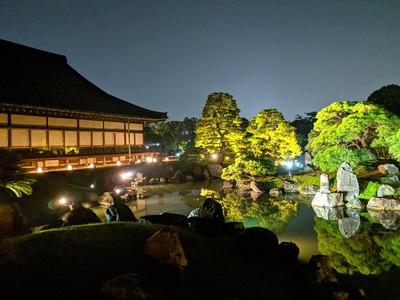 二の丸庭園ライトアップ(黒書院前から)