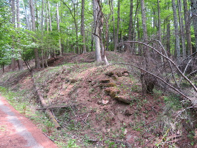主郭曲輪群北側の石積