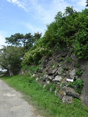 牢屋跡の石垣