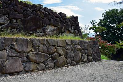 本丸と二の丸の間の石垣