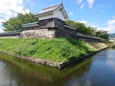 多聞櫓と水堀