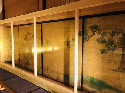 本丸御殿 槙楓椿図(まきかえでつばきず)特別展示