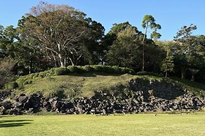 本城曲輪(本丸)の石垣