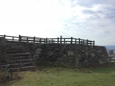 菱櫓跡 石垣