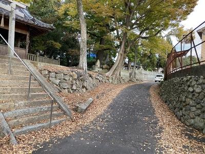 別所氏菩提寺〜首塚への道