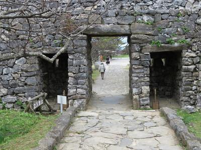 平郎門と鉄砲狭間
