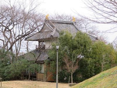 本丸東中央二重櫓(芭蕉会館)
