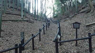 空堀の遊歩道