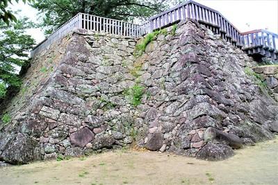 戌亥櫓跡(南東側)
