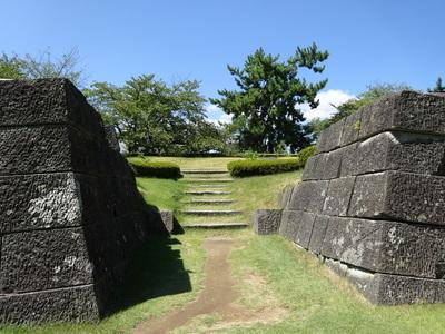 天守台跡の石垣