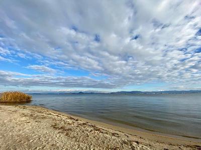 坂本城③ 坂本城湖畔から琵琶湖と対岸を望む