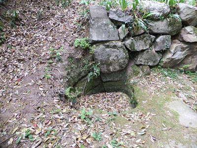 東坂の上城門