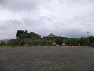 三の丸北側から主郭部