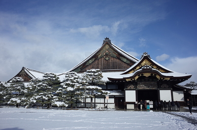 雪化粧の二の丸御殿
