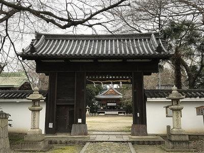 膳所神社に移築されたという城門